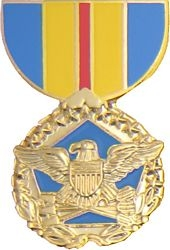 Department of Defense Distinguished Service Pin HP438 - 15317 (1 1/8 inch)