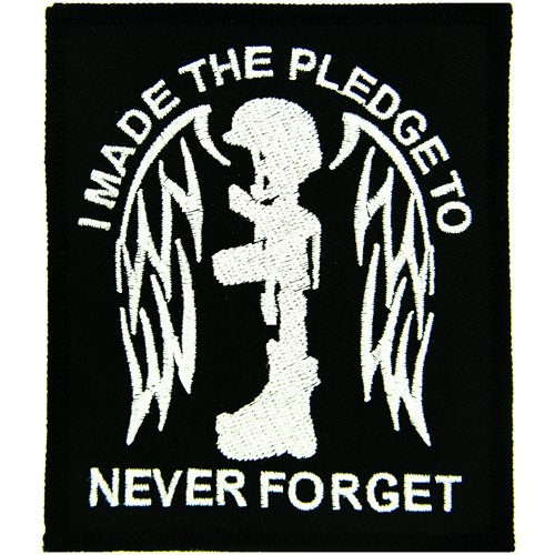 I Made The Pledge To Never Forget black/white (3 3/8 inch)